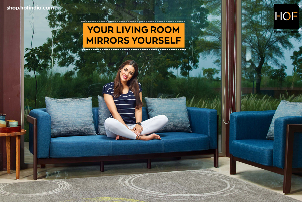 YOUR LIVING ROOM MIRRORS YOURSELF